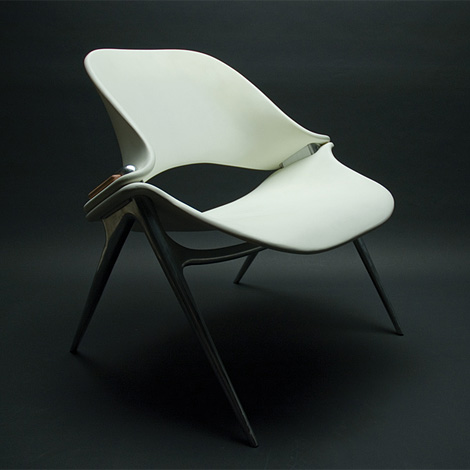 Sputnik chair