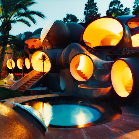 Pierre Cardin bubble house by Mai-Linh
