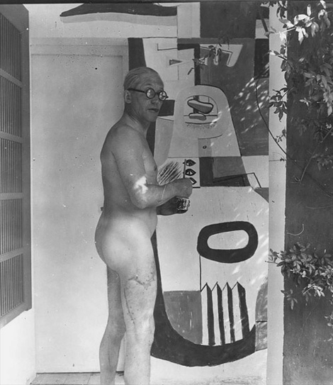 Le Corbusier in the buff