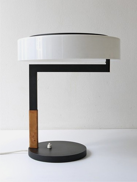 Kalmar desk table lamp