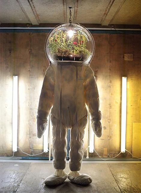 Random spacesuit