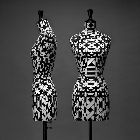 Graphic textile busts