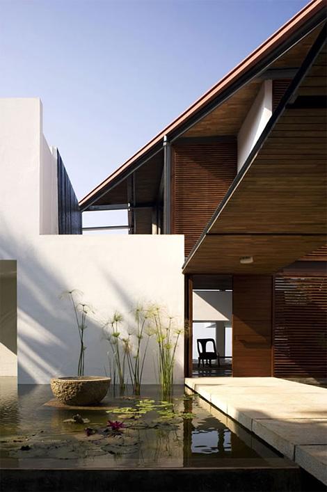 Cliff House: Kerala