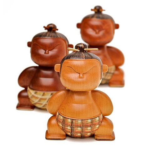 Mimushi wooden figures