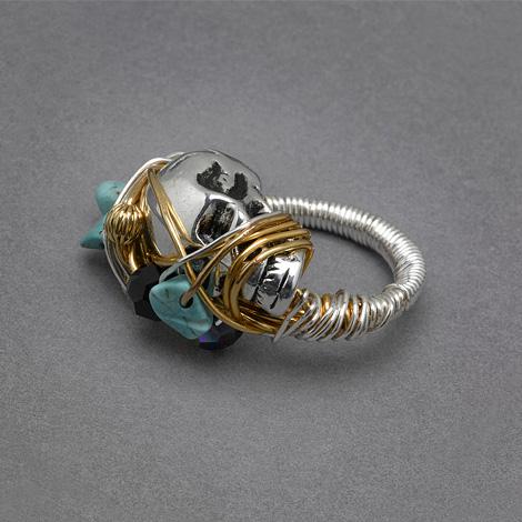 Marcia skull ring