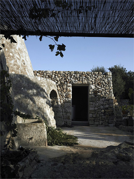 Luca Zanaroli home in Salento
