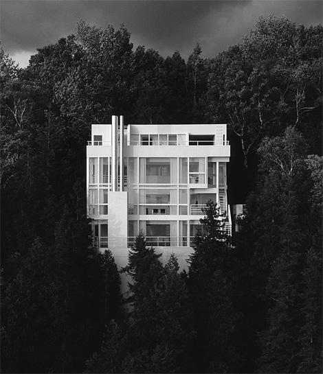 Richard Meier: The Douglas House