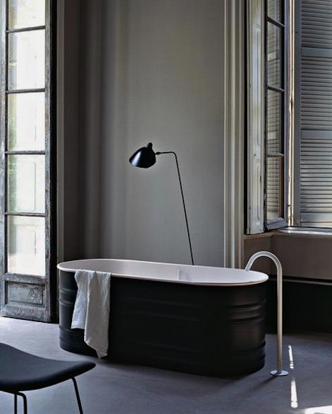 Agape bathtub