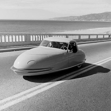 Davis three-wheel automobile