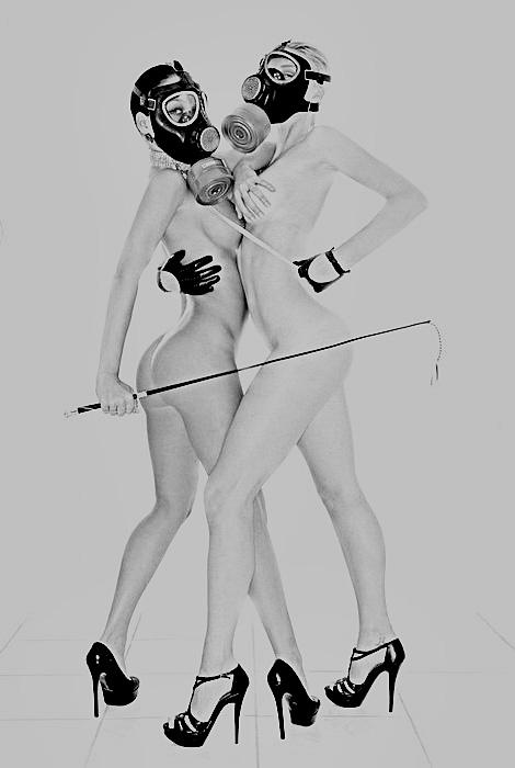 Mystery tumblr girls in gasmasks