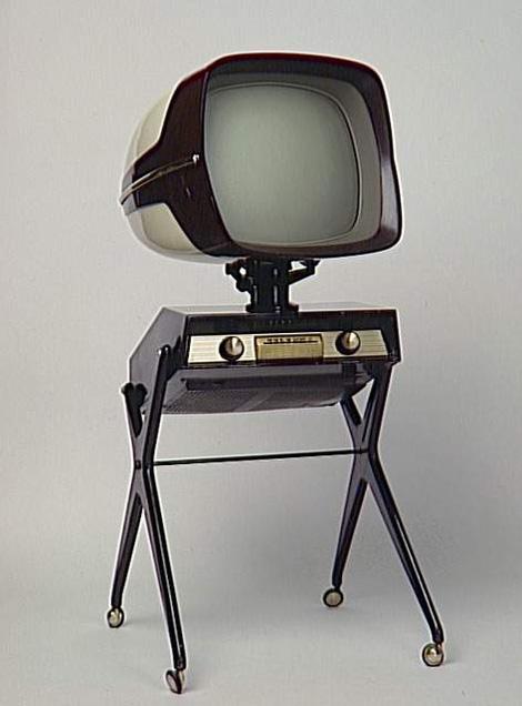 Téléviseur, Panoramic 111