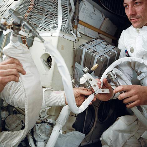 Scrapheap Challenge in Space