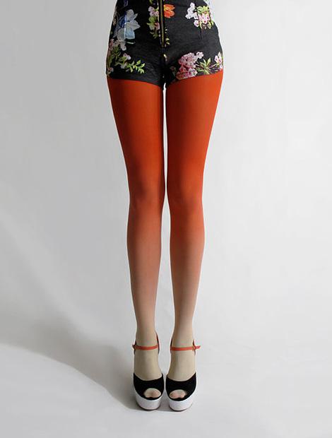 Gradient tights