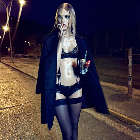 Txema Yeste: Because the Night