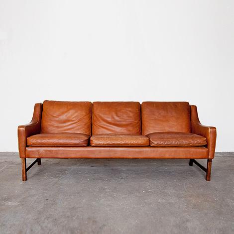 965 Sofa