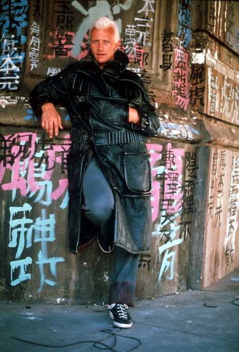 Rutger Hauer as Roy