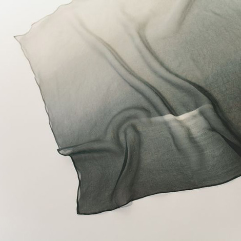 Tetsu to kinu scarf (鉄と絹スカーフ)