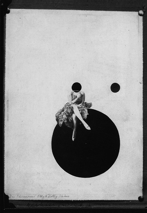 The Olly and Dolly Sisters x László Moholy-Nagy