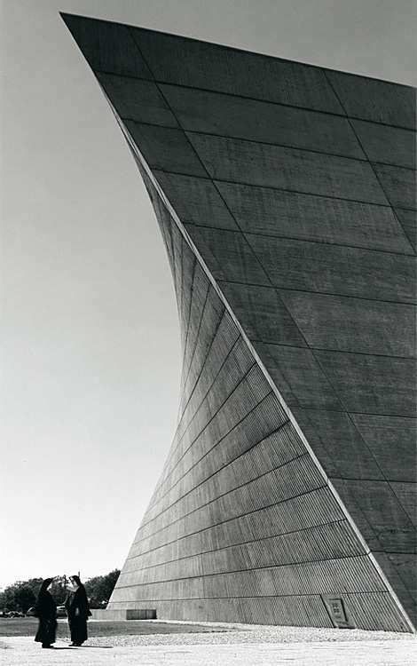 Marcel Breuer: Church of St Francis de Sales