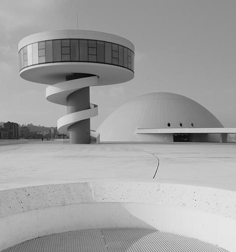 Oscar Niemeyer: International Cultural Centre