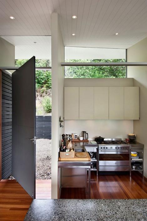 Apple Bay House kitchen
