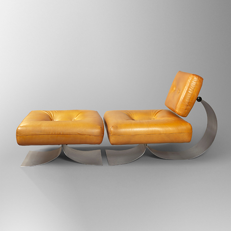 Mystery chaise