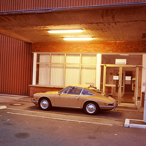 Caramel Porsche