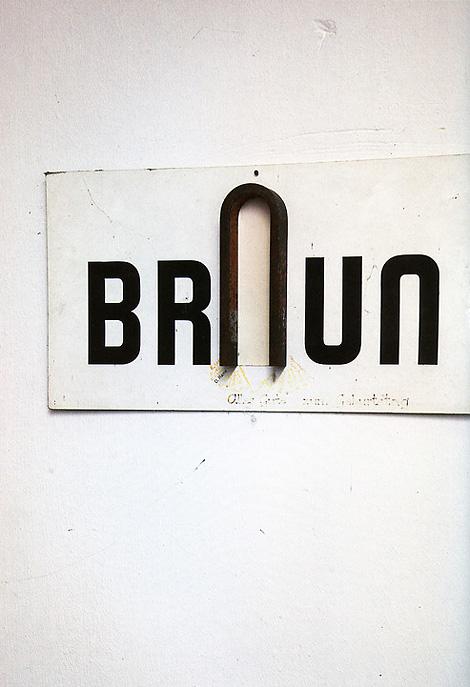 Broken Braun