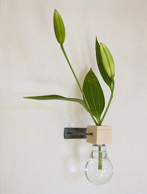 Lightbulb vase #2