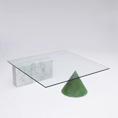 Kono coffee table