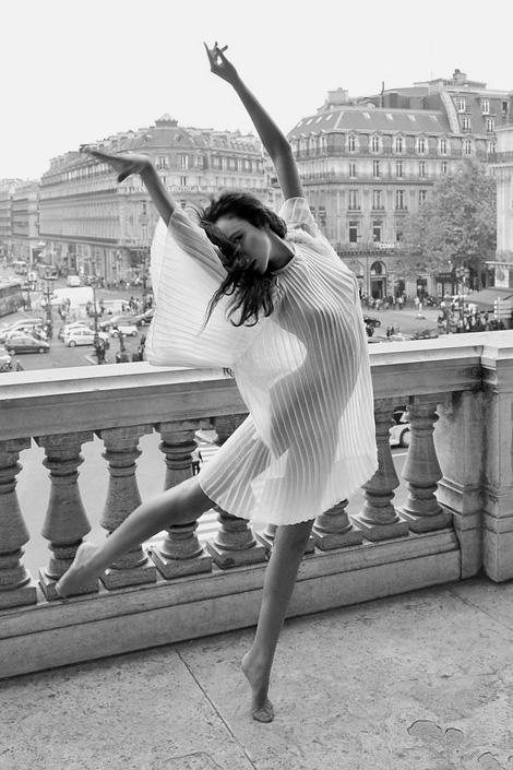 Balcony Dance