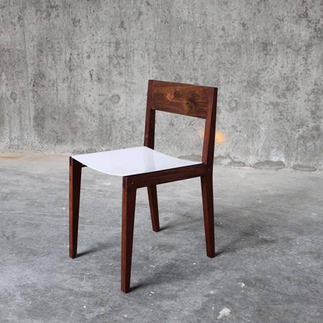 Elijah Leed modern loft chair