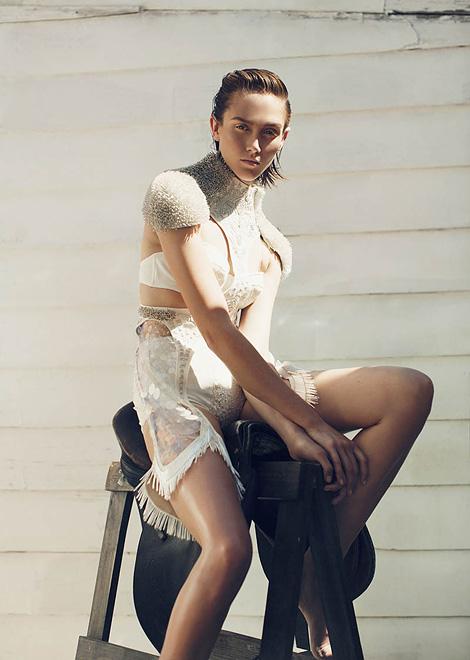 Caitlin Lomax x Astrid Salomon