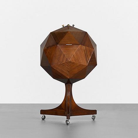 Polyhedron bar