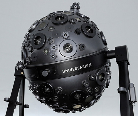 Balopticon Universarium M9