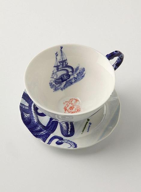 Octopus tea cup