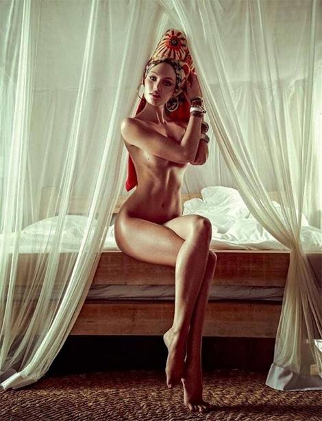 Candice Swanepoel x Vogue Brazil