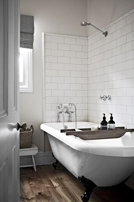 Vintage modern bathroom