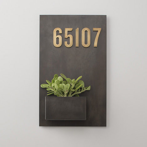 Steel planter with house numbers