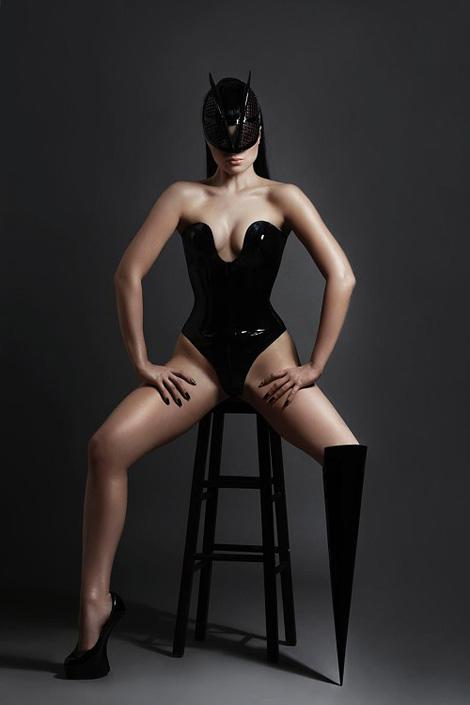 Viktoria Modesta x Ewelina Stechnij