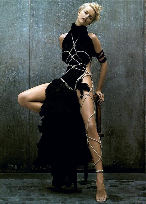 Bondage Eva