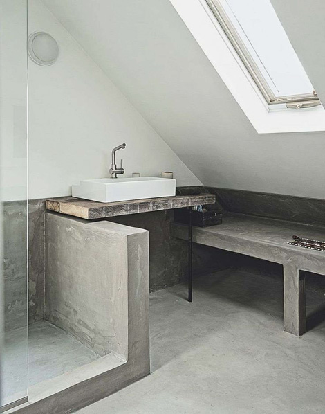 Raw bathroom