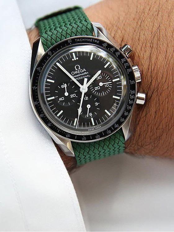 Omega Speedmaster on green nato