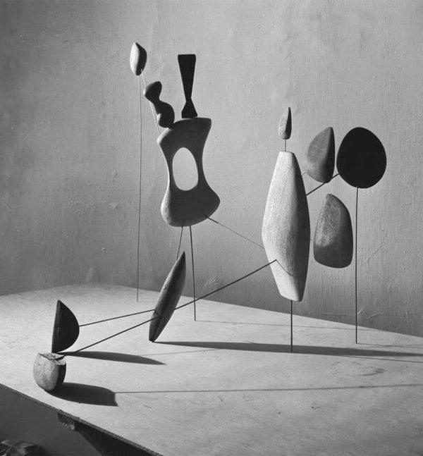 Alexander Calder, 1943