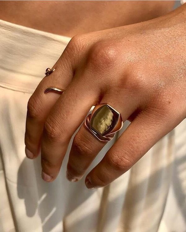 Mystery ring