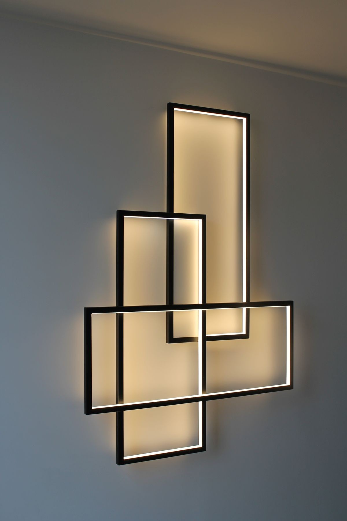 TRIO LT wall light