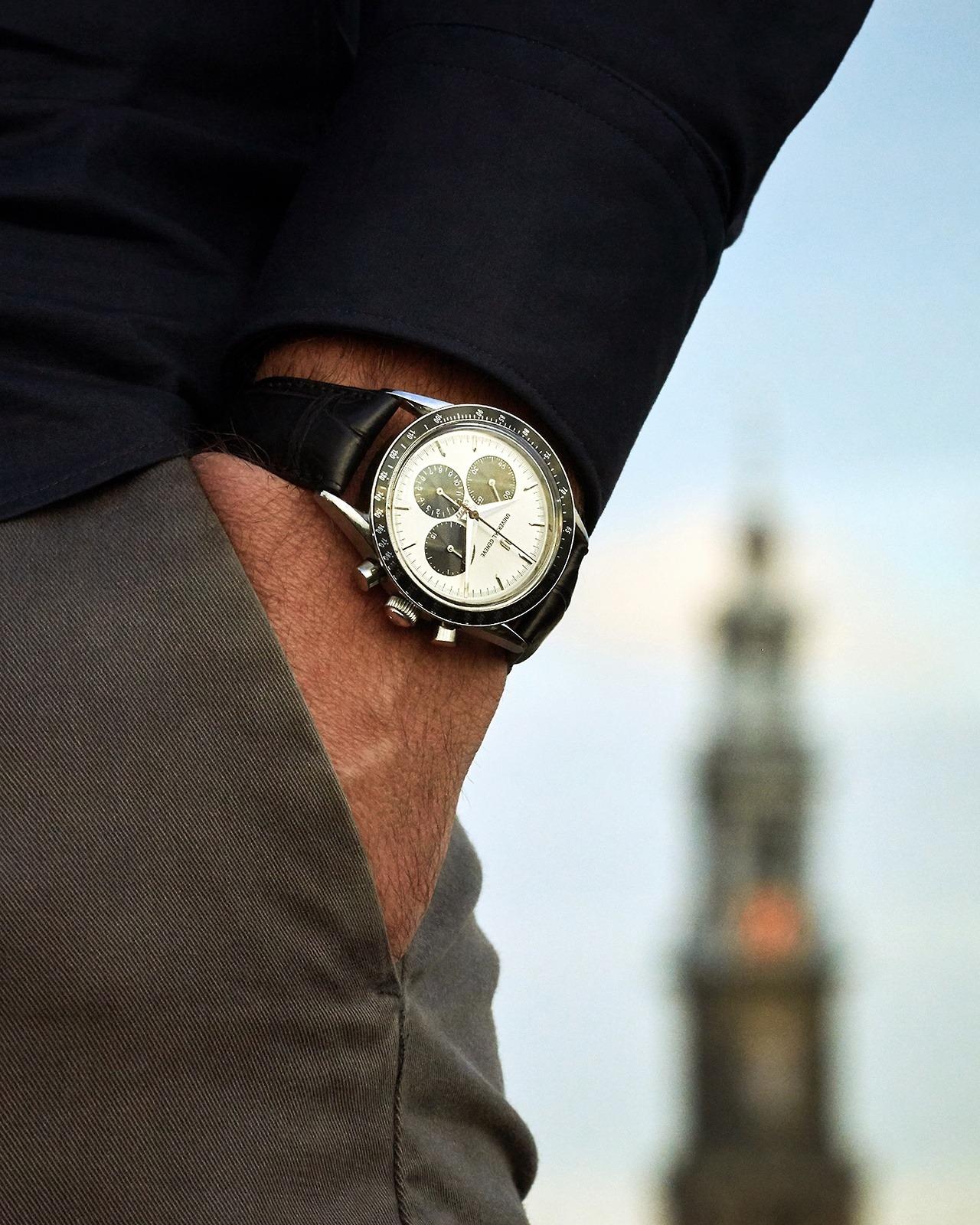Universal Genève wristwatch