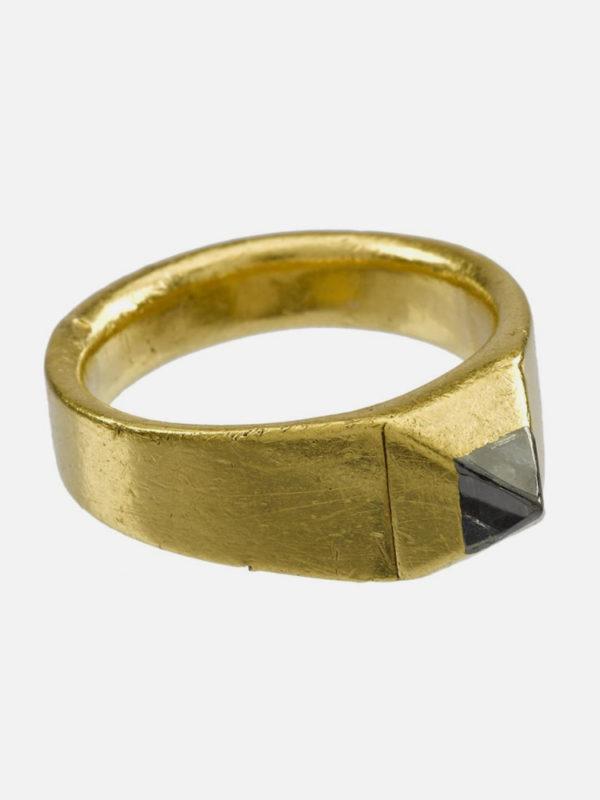 14th century diamond ring
