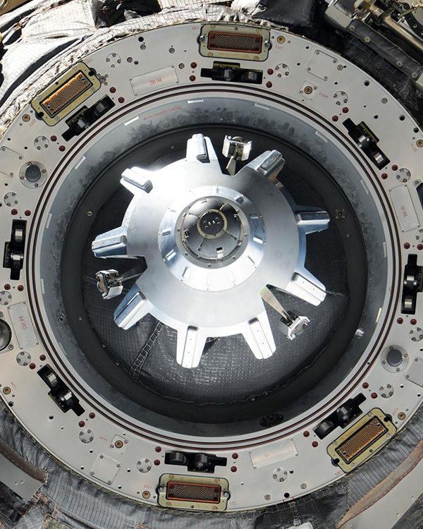 Soyuz TMA-03M docking system