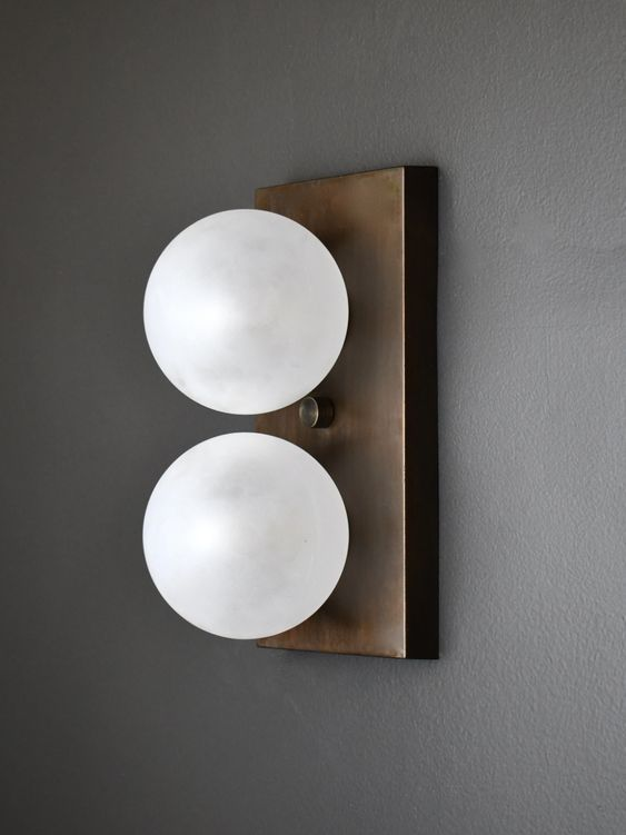 Duo wall sconce